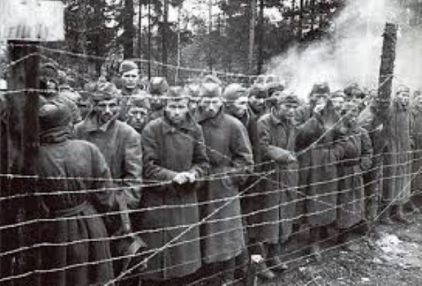 Russian POWs in WWII (600 x 408)
